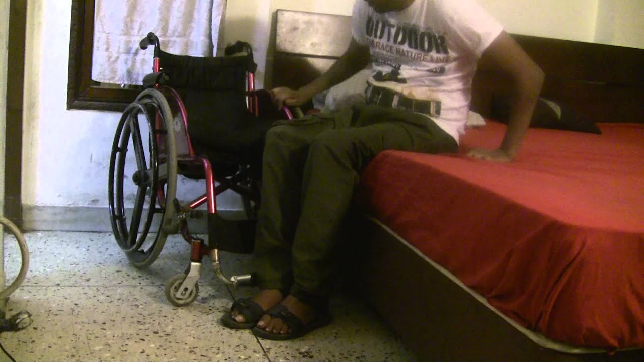 How To Transfer From Wheelchair To Bed Independently Youtube