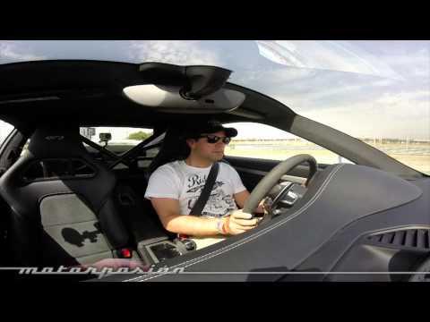 Porsche 911 GT3: tras probarlo estas son las 64 fotos, el vídeo y las siete razones por las que amarás este coche
