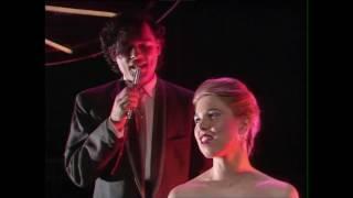 Associates - 18 Carat Love Affair (TOTP 1982)