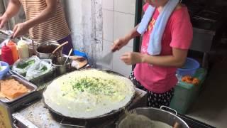 Chinese Street Food - Chinese Pancakes - Jian Bing (煎饼) / Street Chef