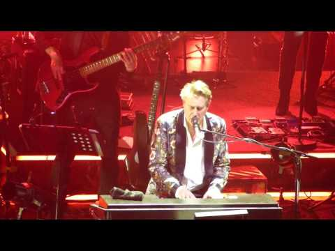 Bryan Ferry live - If There Is Something - 17.05.2017 Hamburg