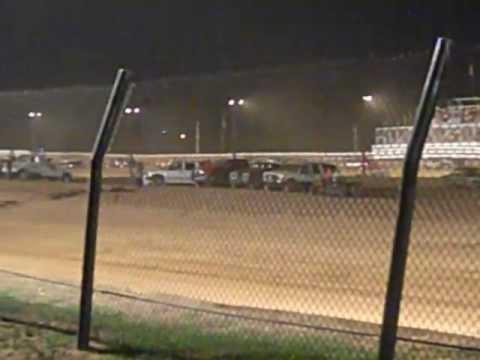 Carl Newberry'sCruiser Feature race @ western Kentucky Speedway 6/30/12