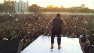 yoyo honey singh and mafia mundeer at bhagat singh college
