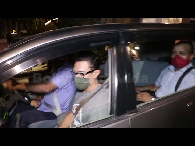 Amir Khan with Daughter Ira Khan Snapped Post Dance rehearsals in bandra