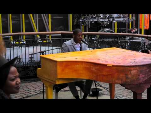 """LABRINTH in CAMDEN MARKET - """"Let It Be"""" song launch"""