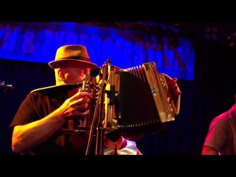 Cajun Roosters jamming with Racines Trio
