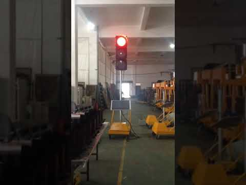 Led solar traffic light trailer