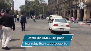 El chofer que conducía el automóvil con el Presidente a bordo, no respetó la luz roja y continuó su camino en las calles de Pino Suárez, esquina Corregidora