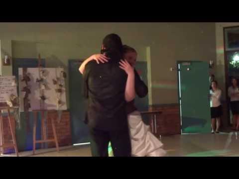 MJLIL Michael Jackson sosieImpersonator et la Mariée and the bride dansent..