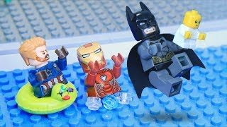 Lego Babysitting Swimming Pool: Avengers and Justice League Next Generation