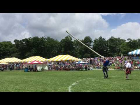 2017 Grandfather Mountain Highland Games                       Caber Toss