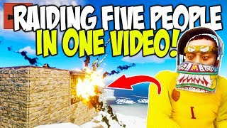 SOLO RAIDING FIVE PEOPLE in ONE VIDEO! - Rust Solo Survival