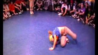B-Girl battle Kate Vs. Uniqe