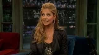 Sarah Michelle Gellar - Late Night with Jimmy Fallon (September 12, 2011)