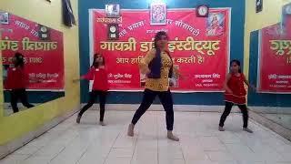 Naachu bin Payal hit no. Of Karishma Kapoor