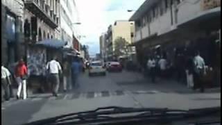 LA CIUDAD DE GUATEMALA la Sexta Ave. en la zona 1, la zona 4, la zona 5, y la zona 6