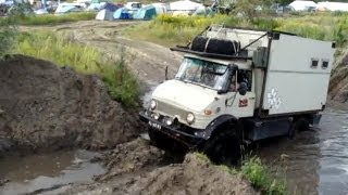 Unimog 404 diesel camper testing difflocks