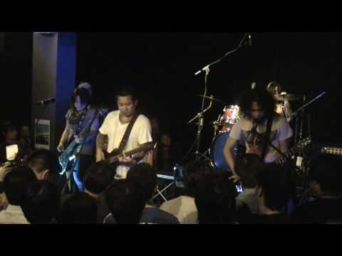 Urbandub Live at The Apparition Album Launch in Singapore 2009 - Gravity