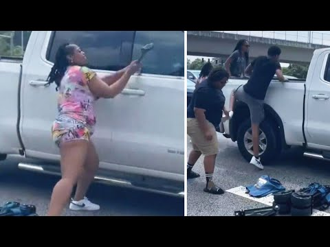 Good-Samaritans-Smash-Truck-Windows-of-Driver-Who-Passed-Out