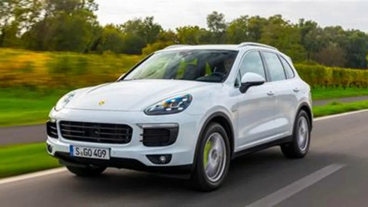 Actor Kunjakko Boban S New Porsche Cayenne Suv Take Off Youtube