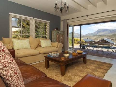 2 Bedroom House For Rent In Stonehaven Estate, Fish Hoek, Western Cape, South Africa For ZAR 23,5...