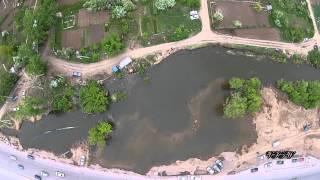 Рыбалка в Астане, пластиковые трубы соединяют реку. Fishing in Astana.(Рыбалка в Астане., 2015-05-16T11:47:02.000Z)