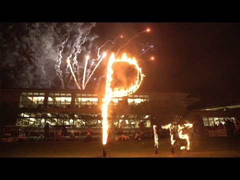 "2015 Flaming ""P"" Ceremony at Punahou School (October 16, 2015)"