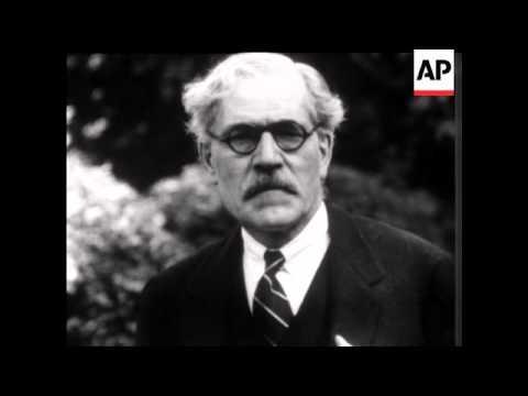 Mr Ramsay MacDonald in the garden of No 10