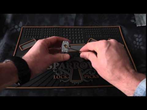 Взлом отмычками Masterlock   Mace lock picks (Covert lock picks by Sparrows Lock Picks)
