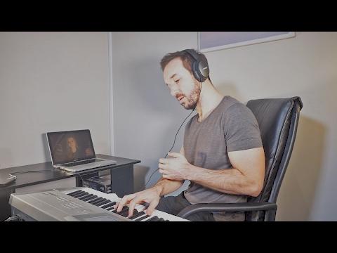 Online Singing Lessons, Skype or Facetime