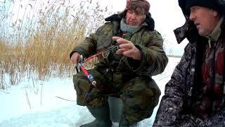 Зимняя рыбалка в Саратовской области Красный Кут Ловим карася 19 12 2020 г