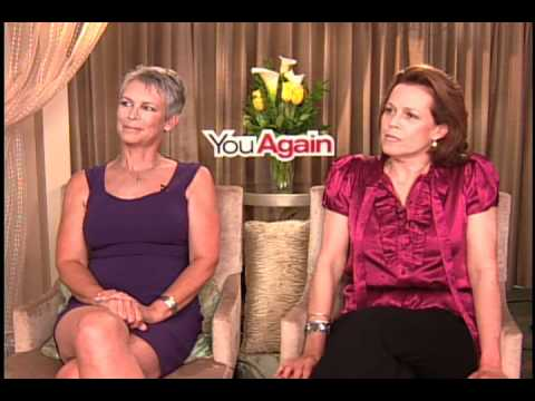 Jamie Lee Curtis and Sigourney Weaver - YouTube