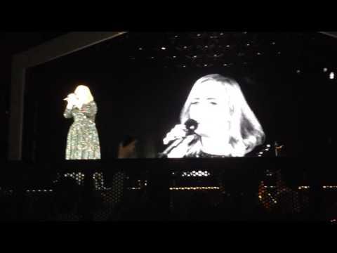 Someone Like You - Adele live @ Arena di...