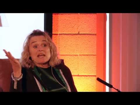 Sinéad Cusack on reactions to getting laughs on stage and more importantly not getting laughs!