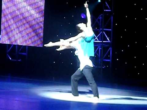 jeanine and jason from sytycd dating Former 'so you think' dancers jason glover, janette manrara dating janette manrara and jason glover have reportedly used so you think you can dance's current tour to spark a romantic relationship.