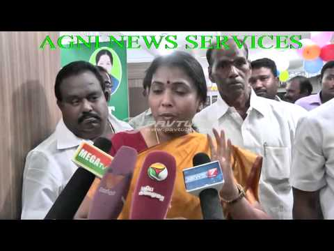 COIMBATORE.. STATE MINISTER GOKULA INDIRA ON DISTRIBUTION OF GOLD COINS TO CUSTOMERS .