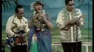 Anneke Gronloh - O Ina Ni Keke / Nina Bobo / Terang Bulan