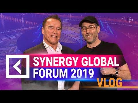 Робот Шварценеггера. Картины Сафронова. Марихуана | Что осталось за кадром Synergy Global Forum. 18+