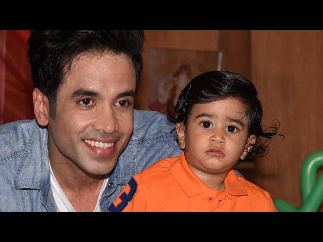 Tusshar Kapoor's Son Lakshya's FIRST BIRTHDAY PARTY | Video