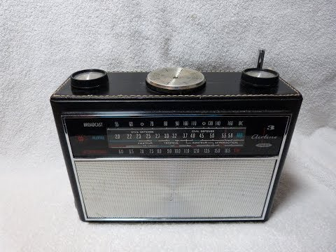 Airline model GTM-1233A AM-MB-SW transistor radio (1962? / USA)