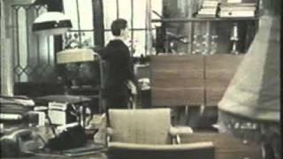 Office romance 1977