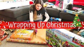 WRAPPING CHRISTMAS PRESENTS // Christmas Music // Christmas Time