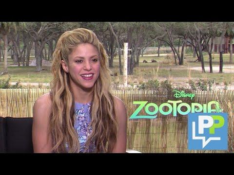 Shakira dá entrevista em português