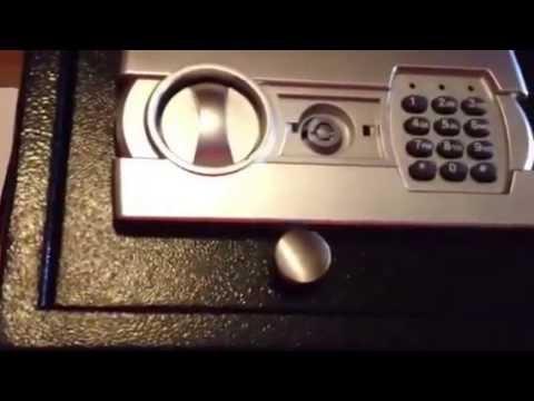 Electronic Key Pad Safe Unboxing And Set Up Instructions Youtube