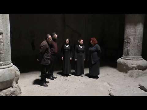 Церковные песнопения в храме вырубленном в скале. Армения. Ноябрь 2016