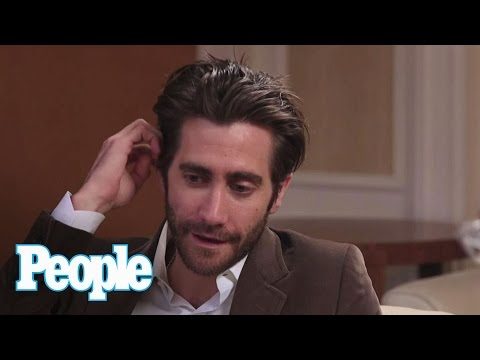 Jake Gyllenhaal Reveals What He Loves About Anne Hathaway & Reese Witherspoon | People