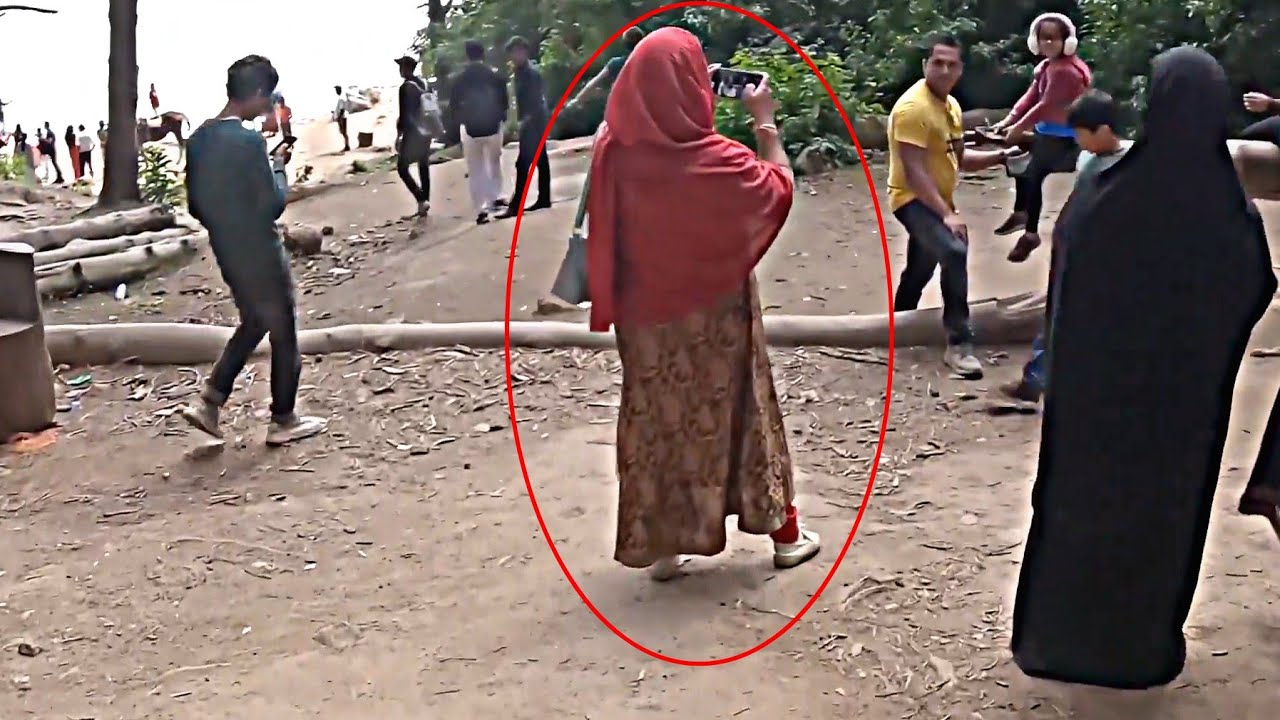 कैमरे में कैद 5 असली भूतिया घटनाएं | Shocking Things Caught On Camera