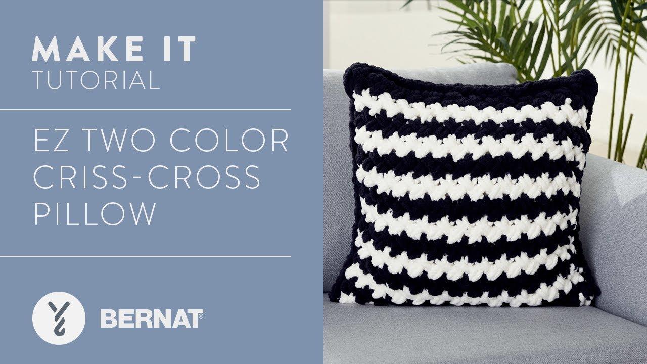a5114d04e56 EZ Knitting  EZ Two Color Criss-Cross Pillow - YouTube
