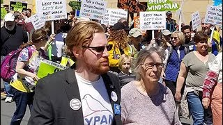 NY Justice Democrat Joins Cynthia Nixon In Climate March