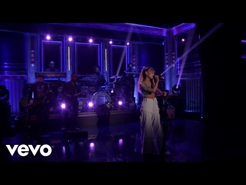 Thumbnail: Side To Side (Live On The Tonight Show Starring Jimmy Fallon)